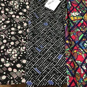 Cassie skirts in a lot of 3. Large. LuLaRoe